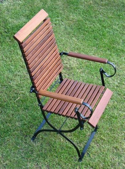 ITER - krzesło ogrodowe z akacji parzonej