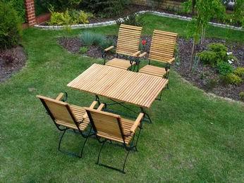 4 krzesła , 1 stół 115 - kliknij, aby otworzyć w nowym oknie