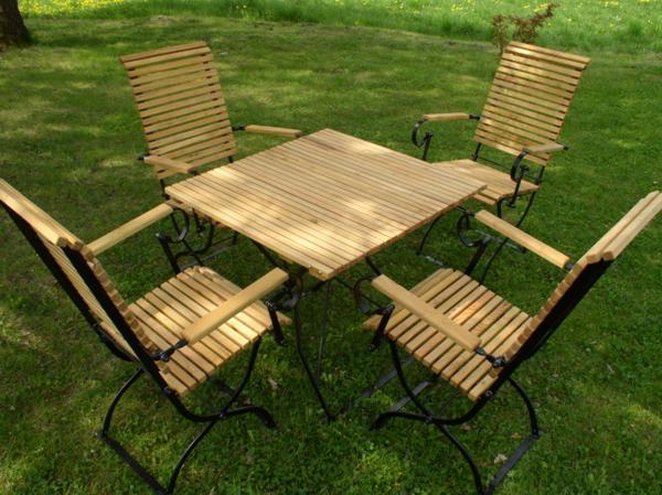 4 krzesła , 1 stół 75  - kliknij, aby otworzyć w nowym oknie
